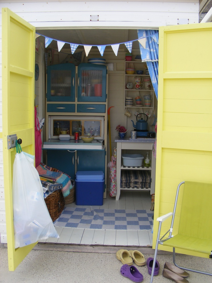 That beach hut in Lyme Regis