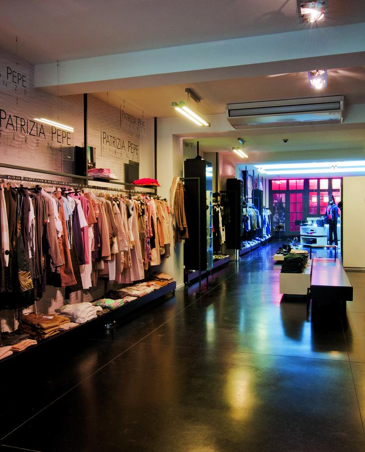 Policarpo / Shopping Botermarkt 10, 3500 Hasselt