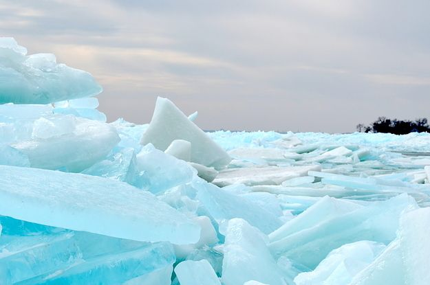 Lake Erie Is Currently Frozen Over And Looks Like The ...