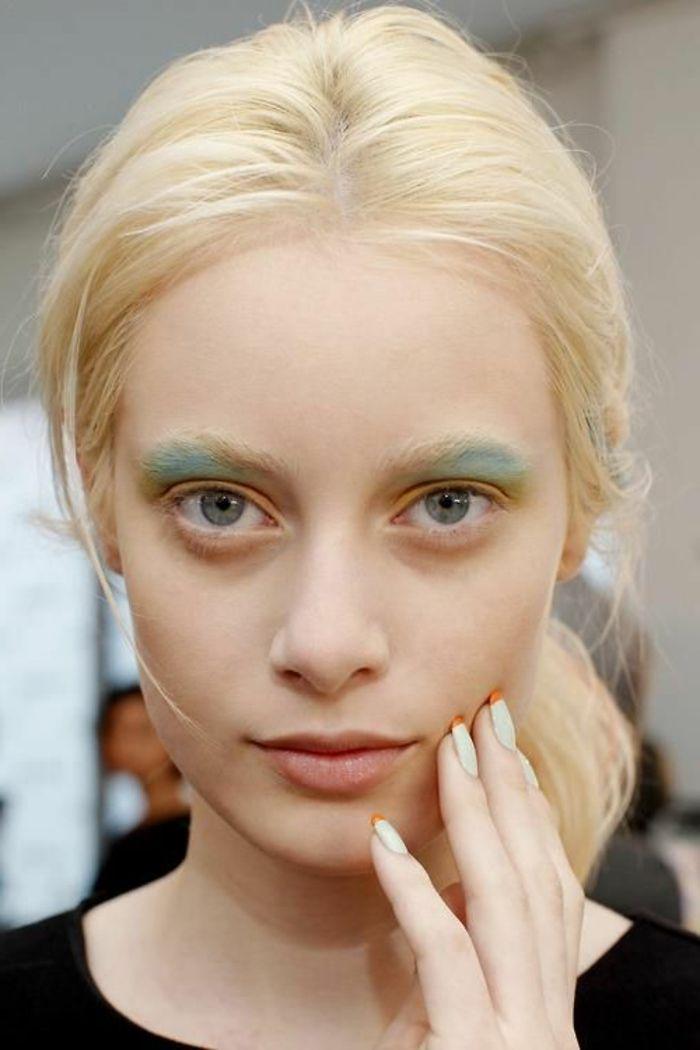 les 25 meilleures id es de la cat gorie cheveux vert pastel sur pinterest maquillage sarcelle. Black Bedroom Furniture Sets. Home Design Ideas