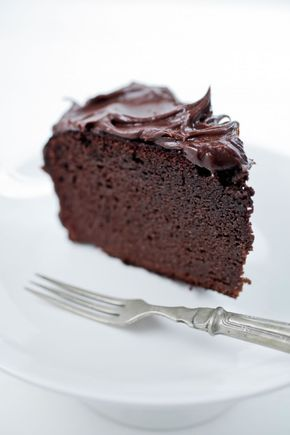 Naked Chocolate Cake - uses coconut flour and coconut oil (GF/DF)