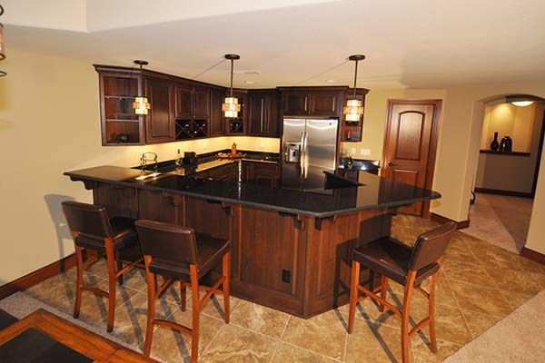 Ashland - Victory Homes of Wisconsin, Inc. Lower level wet bar