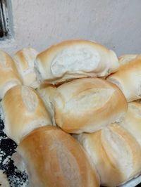 Pão francês em forno comum