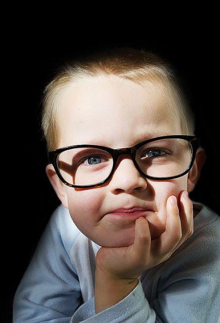 Λογοτεχνικό περιβόλι!: -Γιατί να πάω το παιδί μου στον οφθαλμίατρο