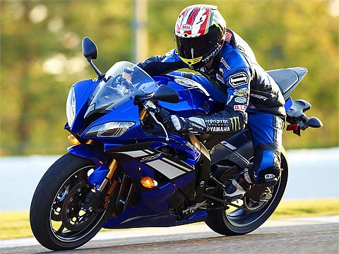 yamaha yzf r1 returns for 2013 with new colors motorcycle