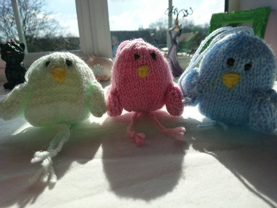 Check out this item in my Etsy shop https://www.etsy.com/uk/listing/286322867/set-of-3-knitted-hanging-birds