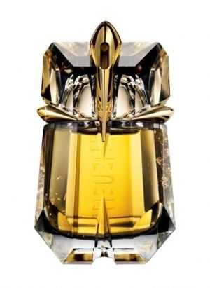Alien, Liqueur de Parfum, Thierry Mugler for women  is dominated by rum notes, accompanied by ingredients from the first edition (Sambac jasmine, woody accords, amber), which leave an impression of the luxurious liqueur for which it was named.