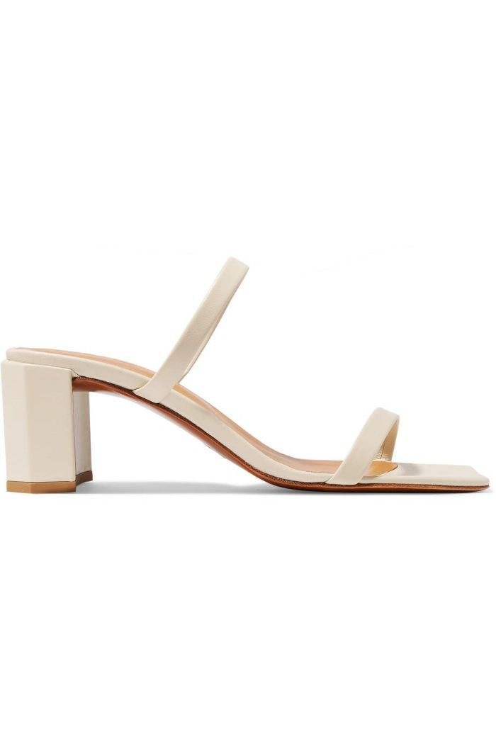 2b156106fb523 4 Shoe Styles You Should Purchase in 2019 | Fashion Spring 2019 ...