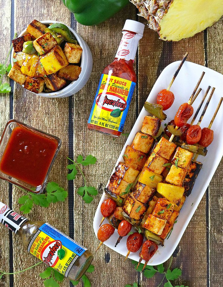 El Yucateco Spicy & Sweet Pineapple Tofu Skewers are packed with habanero flavor and a great lower-calorie alternative to meat-based appetizers at your next football party! #KingofFlavor
