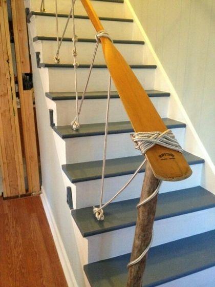 Pagaie avec une corde pour la décoration marine