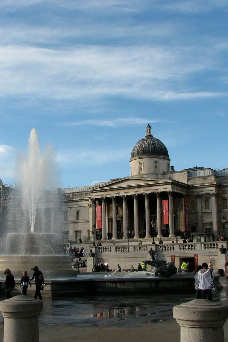 Trafalgar Square and the National Gallery  - 30 Free London Attractions - The Trusted Traveller