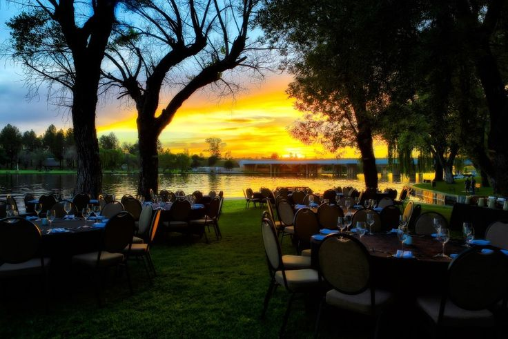 Dinner along the #Vaal River by Fred Swart #Photography http://www.n3gateway.com/news5/17/151/Fred-Swart-Lens-of-Africa-Photography/d,detail.htm