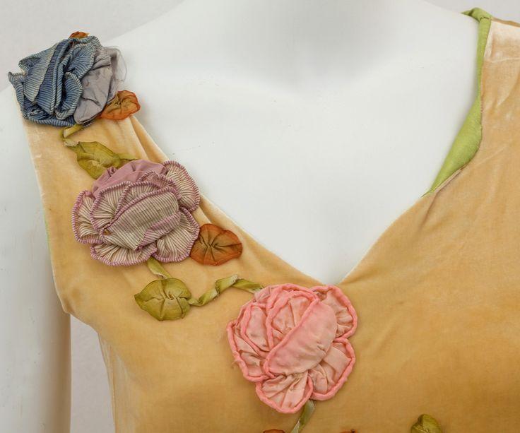 1920s Clothing at Vintage Textile: #2814 Robe de style dress