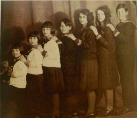 The real Von Trapp Family children!