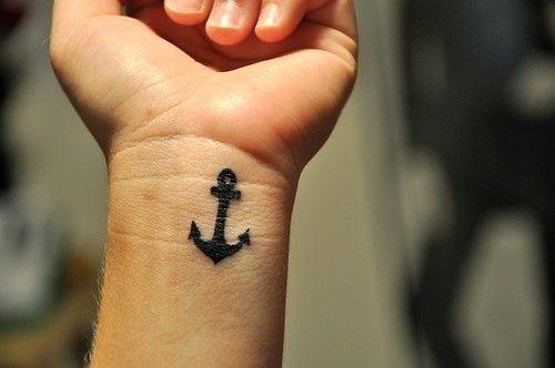 anchor.: Tattoo Ideas, Wristtattoo, Sinks, Nautical Tattoo, A Tattoo, Tattoo Design, Small Anchors Tattoo, Anchors Wrist Tattoo, Small Wrist Tattoo