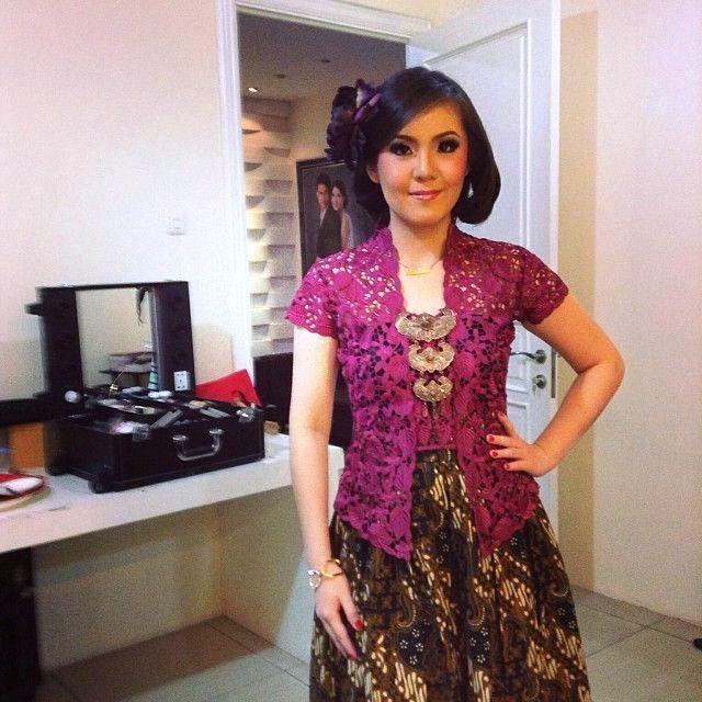 Model Kebaya Batik Wanita Lengan Pendek Wanita Model Pakaian Renda Kebaya