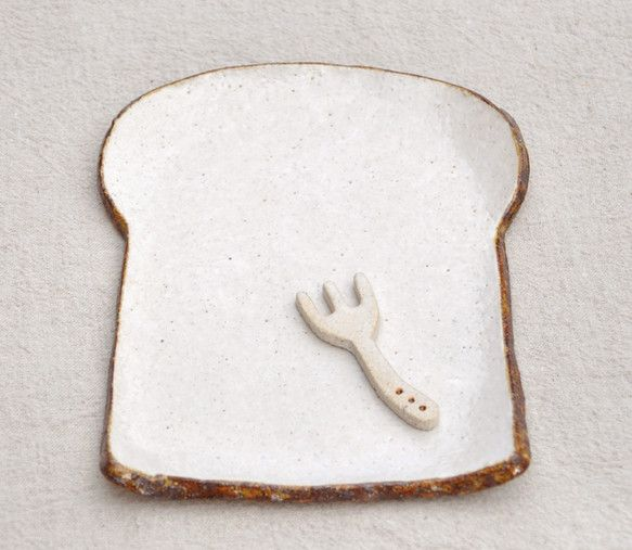 食パンの皿 (レギュラーサイズ)