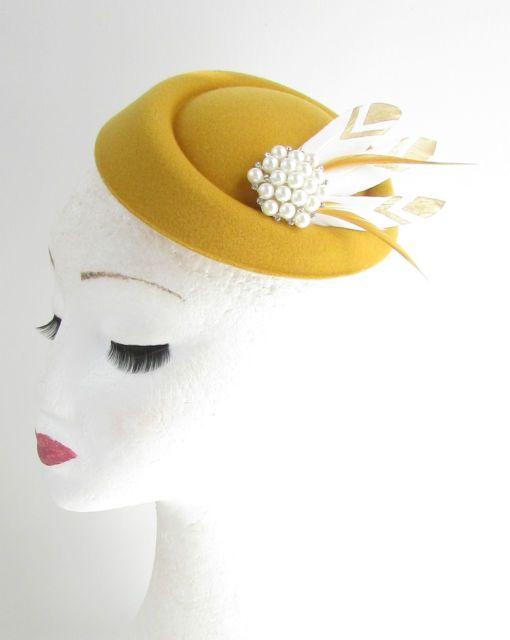 Mustard Gold White Feather Pillbox Fascinator Hat Races Vtg Yellow 40s Hair 552 | eBay