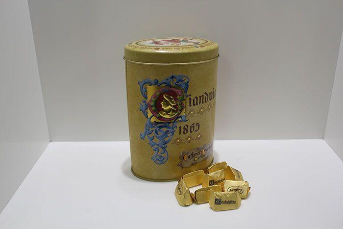 Cioccolatini Gianduiotto marca Caffarel - http://www.caffeciok.it/wp001_caffeciok_ecommerce/shop/cioccolata/cioccolatini-gianduiotto-marca-caffarel/