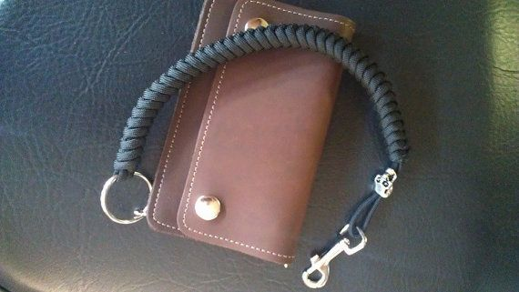 Paracord snake weave biker trucker wallet chain by for How to make a paracord wallet chain