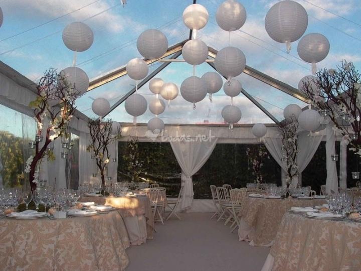 Con lamparas de papel fiestas pinterest - Decoracion con lamparas ...