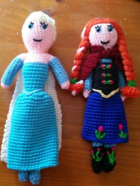Hand made crochet frozen anna and elsa dolls