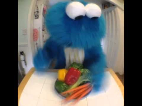 Cookie Monster has been having trouble making cookies (Funniest Vines) -...