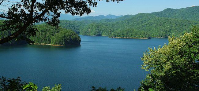 Beautiful Fontana Lake Surrounded By The Great Smoky Mountains North Carolina North Carolina
