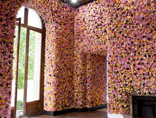 Dior flower walls