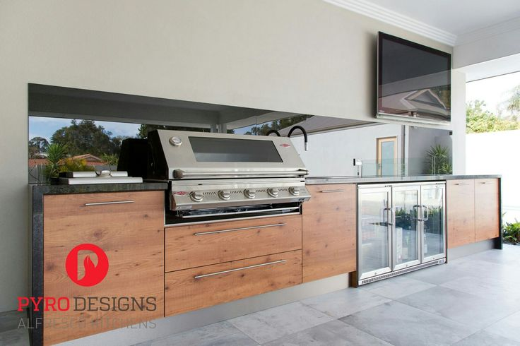Alfresco with compact laminate from Laminex, Beefeater appliances and Black Pearl granite
