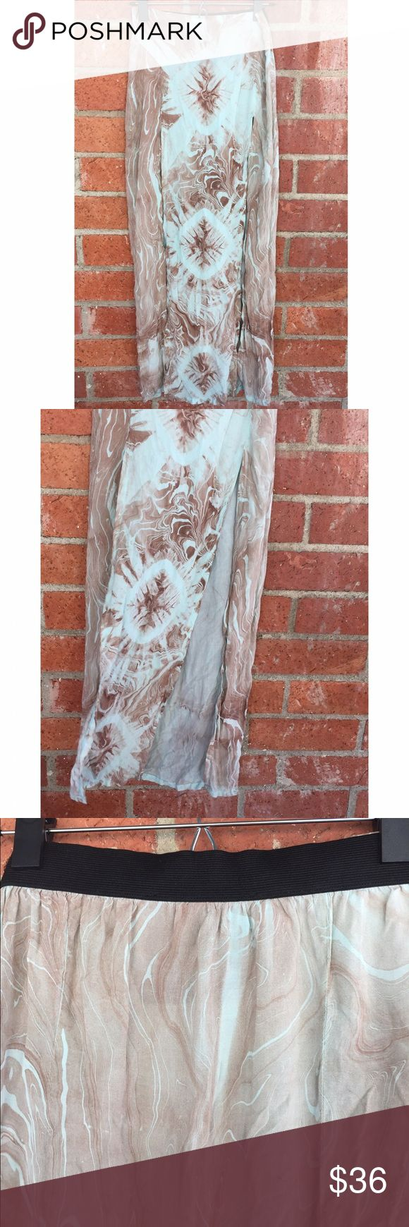 Blu Life Planet Blue 2 Slit Maxi Skirt Beautiful mint/tan marble design with two slits down the front. Some stretching on the elastic band but besides that in excellent condition! Offers considered Blue Life Skirts Maxi