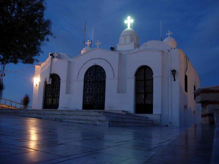 6 γραφικά εκκλησάκια για μια ονειρεμένη Ανάσταση στην Αθήνα