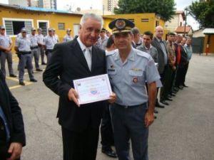 Delegado é agraciado no 17º aniversário da PM de Jundiaí