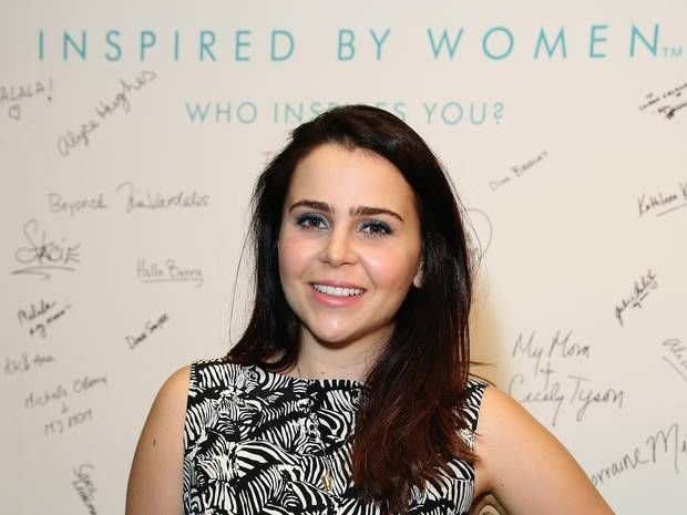 Mae Whitman not hot enough? 'Sexist' Hollywood under fire for recasting 'Independence Day' role in sequel // I'm with Anna Kendrick--what the actual FUCK?!