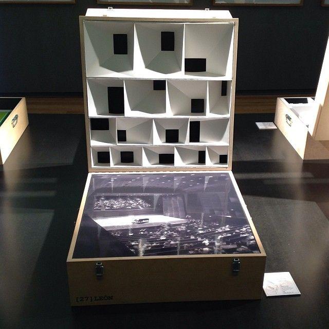 Masilla + Tuñón Architects. exhibition display