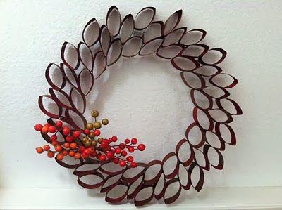 Ideas Eco: 12 coronas de Navidad hechas con materiales reciclados