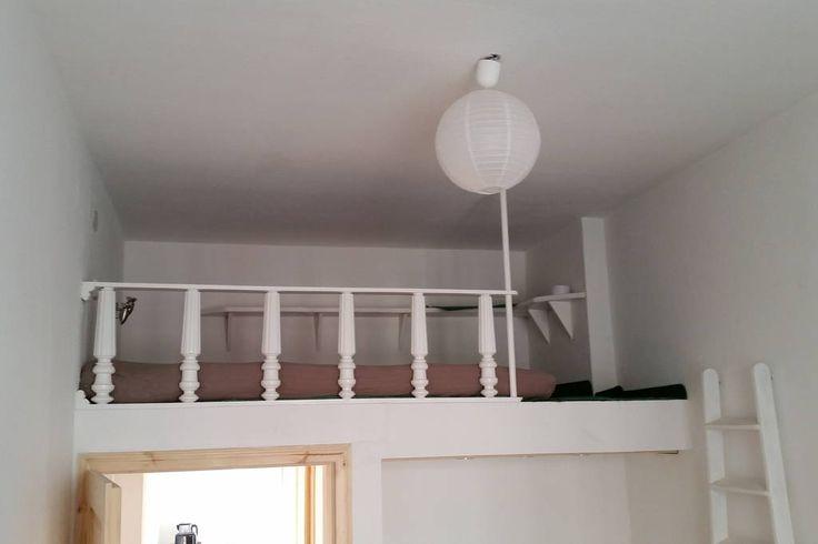 Échale un vistazo a este increíble alojamiento de Airbnb: Wohnen auf Zeit Min. 2 Monate  - Departamentos en alquiler en Berlín