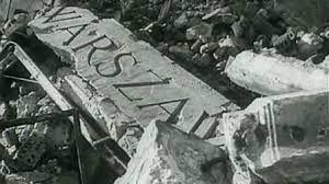 Znalezione obrazy dla zapytania warszawa ruiny po wojnie
