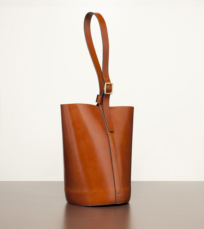 The Best Minimalist Handbags Like Mansur Gavriel | StyleCaster