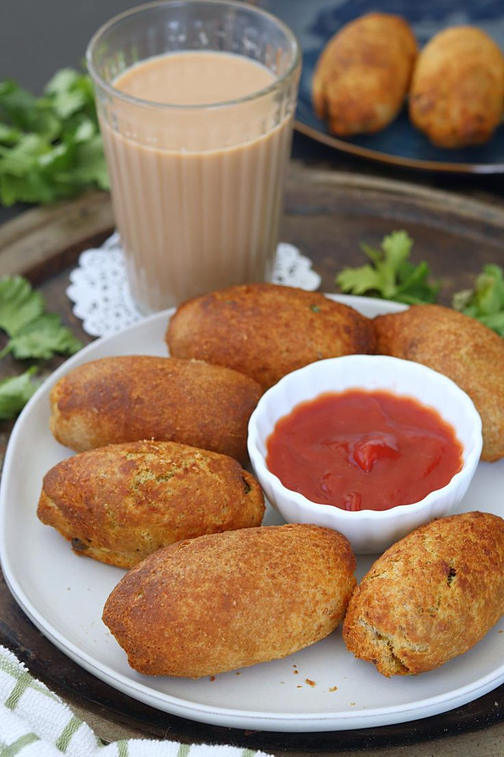 How to make Bread Rolls. Step by step Indian bread rolls ...