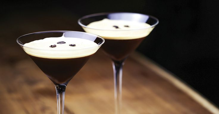 ESPRESSO MARTINI COCKTAIL  ~2 oz Vodka ~.5 oz Simple Syrup ~.5 oz Kahlúa ~1 oz freshly brewed Espresso >Garnish: Coffee Beans