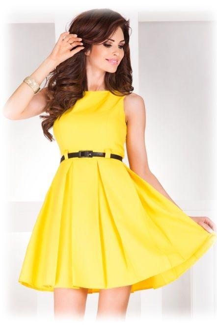 Dámské společenské šaty FOLD se sklady a páskem středně dlouhé žluté ... 97a17b77df