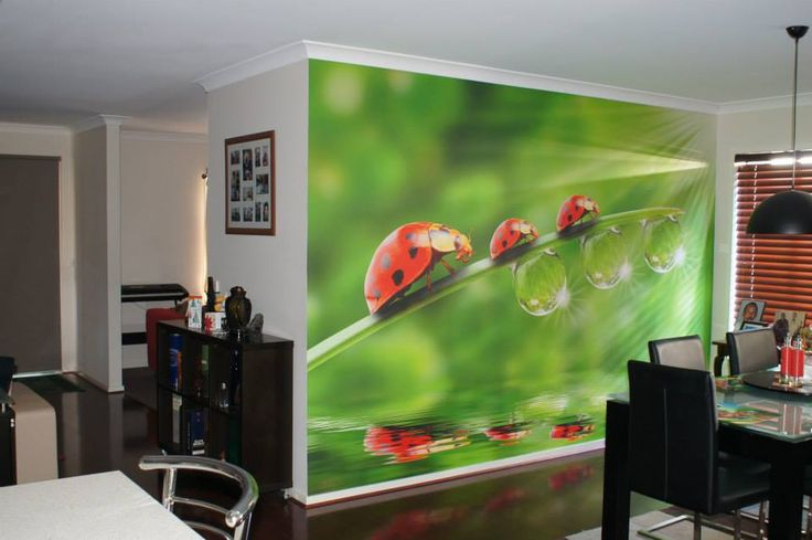 Wall paper designs and wall decor ideas using wall murals