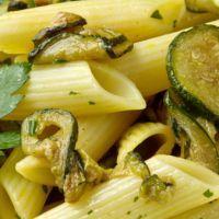 Copycat Olive Garden Pasta con Zucchini