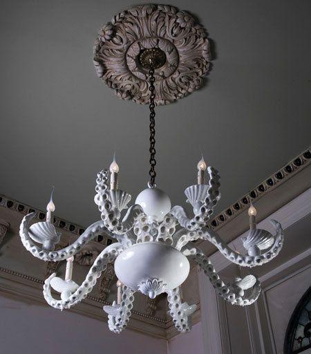 dark ceiling, way to go!