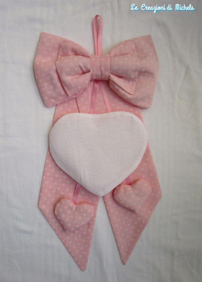 Fiocco nascita rosa o celeste con cuore ricamabile - della categoria Punto Croce dall'album di Michela.