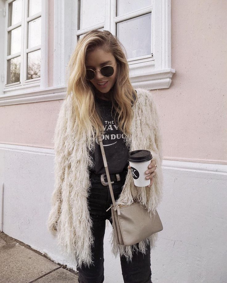 """2,693 Likes, 42 Comments - Isabella Thordsen (@isabellath) on Instagram: """"THIS fluffy thing thoughhh  @revolve"""""""