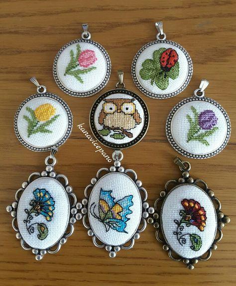 Kanaviçe kolye / etamin / cross stitch necklace Sipariş için; instagram / kanavicepano adresinden ulaşabilirsiniz.