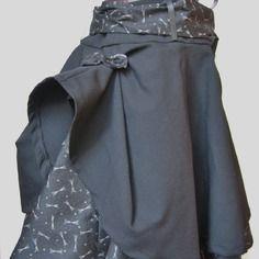 Jupe à double volant en laine noire et coton imprimé