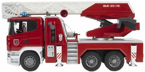 Bruder - 3590 -  Véhicule Miniature - Camion - Pompier Scania R-Série avec Echelle et Pompe à Eau Fonctionnelles - Module Son et Lumière Bruder http://www.amazon.fr/dp/B006T0IN1S/ref=cm_sw_r_pi_dp_hciGvb1DBSA4A